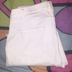 White stretchy jeggings